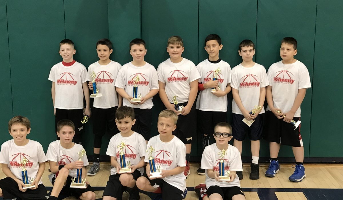 3rd & 4th Boys Fall 2017 2nd Place – Divine Mercy West 4th
